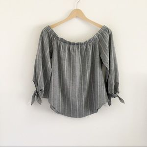 Grey & White Print Off Shoulder Bow Cuff Top